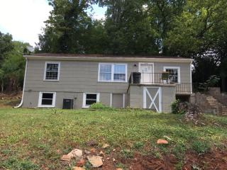 818 Hollywood Rd, Knoxville, TN 37919