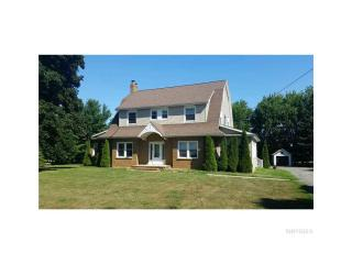 841 Lake Rd, Youngstown, NY 14174