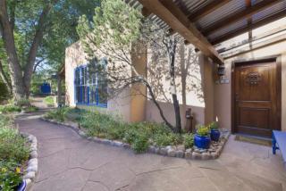 209 East Buena Vista Street, Santa Fe NM