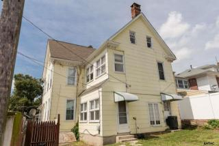 3 N Water St, Spring Grove, PA 17362