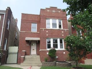 4822 West Nelson Street, Chicago IL