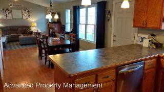 8621 Eagles Landing Dr, Manhattan, KS 66502