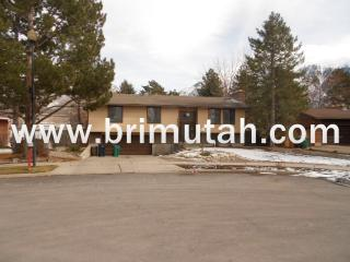 9453 S Pinedale Cir, Sandy, UT 84092