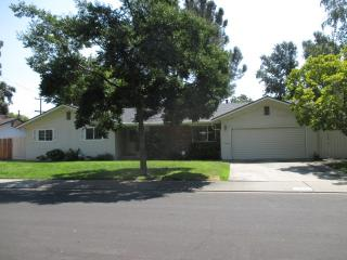 7624 Woodside Drive, Stockton CA
