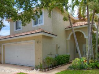 3842 NW 63rd Ct, Coconut Creek, FL 33073