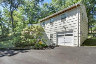 55 Lookout Road, Mountain Lakes NJ