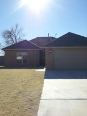 1920 Apple Ave, Weatherford, OK 73096