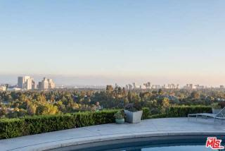 1230 Shadow Hill Way, Beverly Hills, CA 90210