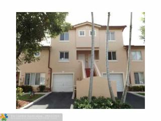 124 Riviera Circle, Weston FL