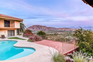 5623 North 52nd Place, Paradise Valley AZ