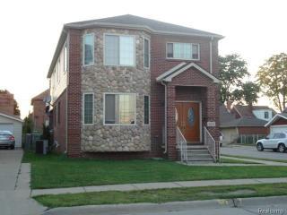 4345 Lois Street, Dearborn MI
