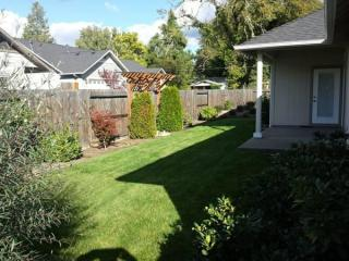 2092 SW Ford St, Grants Pass, OR 97526