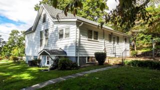 305 Lakeview Drive, Rossville GA