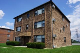 14063 Kilpatrick Avenue, Crestwood IL