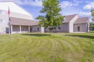 6315 S Connie Ave, Sioux Falls, SD 57108