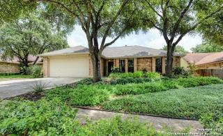 7808 Forest Path, Live Oak TX