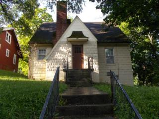 102 Temple St, Beckley, WV 25801