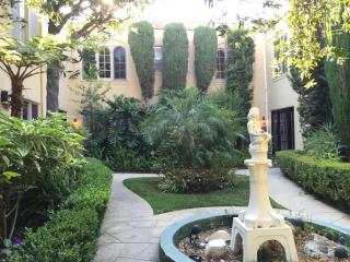 1521 3/4 N Vista St, West Hollywood, CA 90046