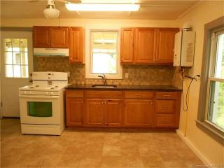 105 Washington Ave #3 FLOOR, Seymour, CT 06483