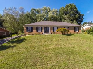 8708 Windsor View Drive, Louisville KY