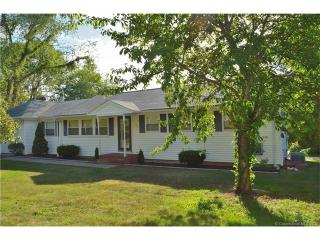 300 Twin Lakes Road, North Branford CT