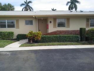 2571 Barkley Drive West #B, West Palm Beach FL