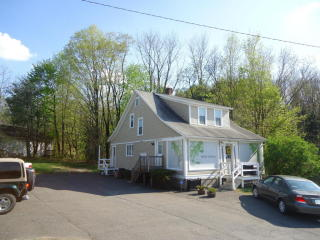 1 Gravel Pond Rd, Clarks Summit, PA 18411