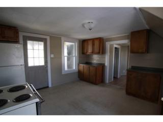 17 Pine St #2, Waterville, ME 04901