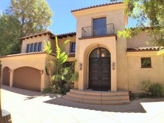 4520 Libbit Avenue, Encino CA