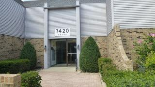 7420 Grand Ave #102B, Downers Grove, IL 60516