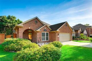 3601 Blue Spruce Drive, Euless TX