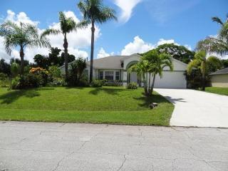 866 Southwest Butterfly Terrace, Port Saint Lucie FL