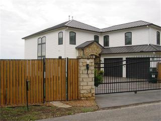 20906 Mockingbird Lane, Spicewood TX