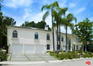 9841 Denbigh Dr, Beverly Hills, CA 90210