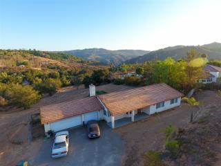 10257 Bakton Way, Valley Center CA