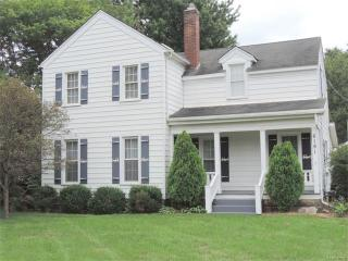 6191 Cooley Lake Road, Waterford MI