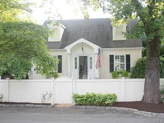 157 Hulls Highway, Southport CT