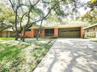 5704 Trailridge Drive, Austin TX