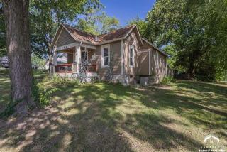 304 E 6th St, Eudora, KS 66025