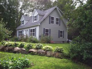 462 Hope Rd, Lincolnville, ME 04849