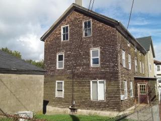 292 Tecumseh Street, Fall River MA