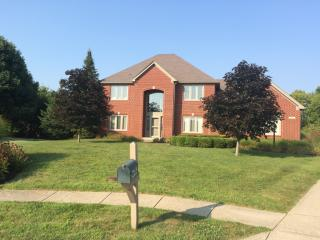 302 Pintail Ct, Carmel, IN 46032