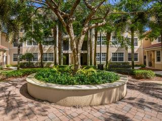 400 Via Royale, Jupiter, FL 33458