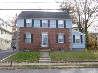 16-18 Edgar St, Summit, NJ 07901