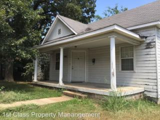 1102 Nooney St, Poplar Bluff, MO 63901