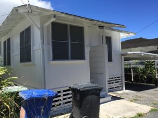 2111 Booth Rd, Honolulu, HI 96813