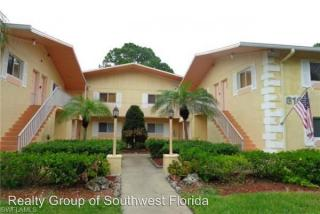 8109 Country Rd #206, Fort Myers, FL 33919