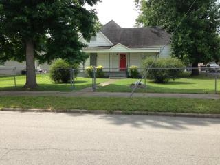 909 West Chestnut Street, Marion IL