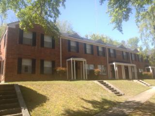 1670 Valley Ave, Homewood, AL 35209