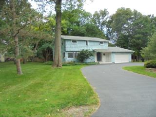 117 Treeland Circle, Syracuse NY